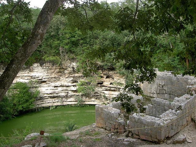 Cenote Sagrado ruins