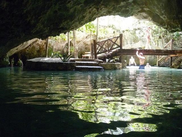 Swiming Gran Cenote